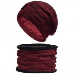 Set čepice a nákrčník červený