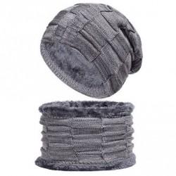 Set čepice a nákrčník šedý
